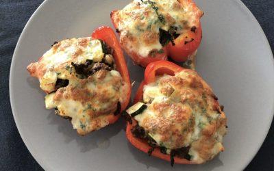 Gevulde paprika's met en gehakt en courgette
