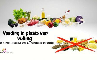 Voeding in plaats van vulling over vetten koolhydraten eiwitten en calorieën